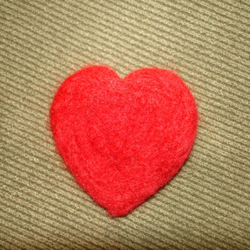 Needle Felted Wool Heart Brooch Pin Red