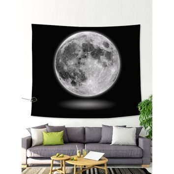 Contrast Planet Print Tapestry