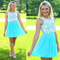 Over The Top Dress in Mint