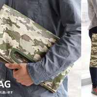 Strapya World : Fly Bag Super Light Clutch Bag (Camouflage)