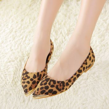 Modern Cool Gold Point Tip Trendy Flats