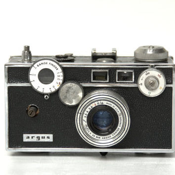 Argus C3 Rangefinder  50mm Lens 1950s Camera, - Vintage Cameras - Camera Home Decor - Gifts for Photographers - Office Accessory