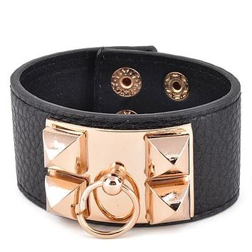 Metal and leather inspired bracelet