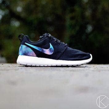 Custom Hand Painted Womens Galaxy Print Roshe Shoes Nike Rosherun