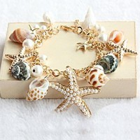 Beach Holiday Bracelet by aviva905997686 on Zibbet