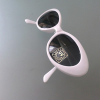 Original Vintage 80's Kitsch White Cat Eyes Sunglasses