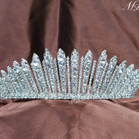 Fantastic Wedding Bridal Tiaras Clear Crystal Rhinestones Crowns Handmade Silver Headband Pageant Prom Party Brides Accessories