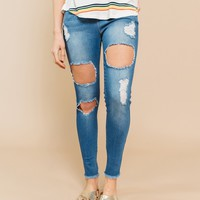 Daisey Ultra-Destroyed Jeggings