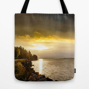 Morning gold I Tote Bag by HappyMelvin