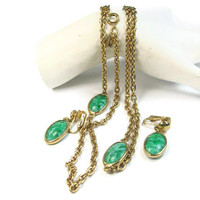 Green Marbled Bezel Set Glass Necklace and Earrings Set Gold Tone Signed Emmons