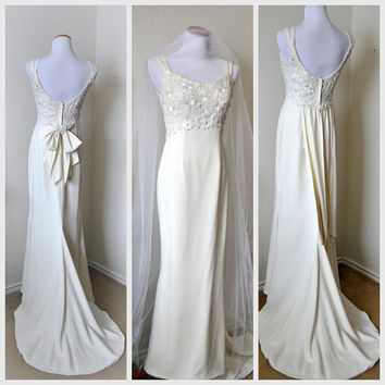 SALE Vintage Guipure Lace Embroidery Wedding Dress Beaded Trumpet Flared Chapel Train Empire Simple Chic Embellished Sleeveless