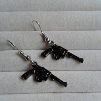 Black  guns  silvertone dangle earrings