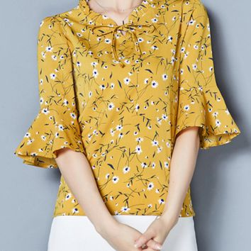 Casual Bowknot Floral Printed Bell Sleeve Blouse