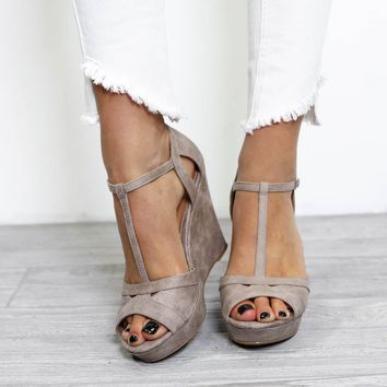Walks Of Life Taupe Distressed Wedge
