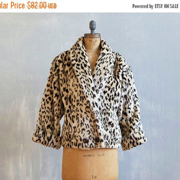 Pumpkin Sale Vintage Leopard faux fur coat / Faux leopard fur coat / Leopard print / Winter coat / Winter jacket / Short leopard fur coat /