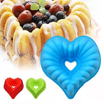 2017 New Year Heart Shaped Silicone Baking Pan For Cake and Mousse Bakeware Mould Pastry Tools Tray FDA