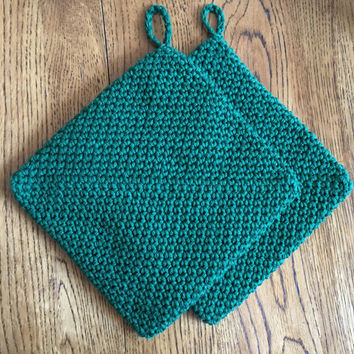 Set of 2 hand crochet double thick  cotton potholders, forest green, christmas green, cabin decor, gift, party favor, game prize, Handmade