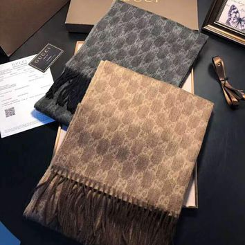 GUCCI 2018 winter new wild men and women models double G jacquard shawl scarf