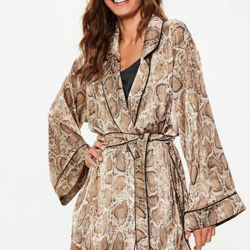 Missguided - Brown Snake Print Satin Dressing Gown
