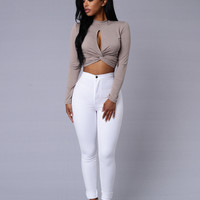 Got It Twisted Top - Taupe