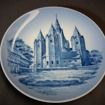 Yor Frue Kirke Kalundborg Collector's Plate Royal Copenhagen 1970's Denmark Church