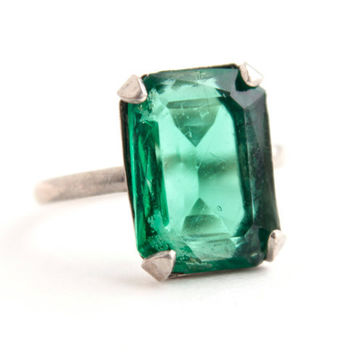 Vintage Art Deco Emerald Green Ring - Sterling Silver 1930s Statement Costume Jewelry Cocktail Ring / Emerald Cut