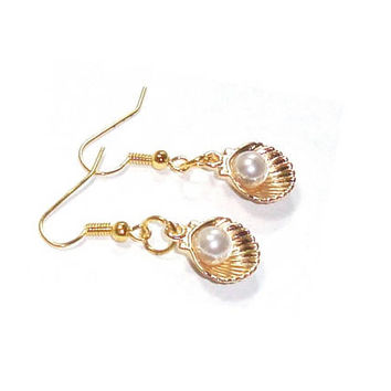 Gold Clam Shell Pearl  Earrings , White Pearl Earrings, 14K Gold Plated Earrings , Gift For her