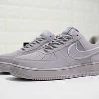"Nike Air Force 1 07 LV8 Suede ""Grey"" Sneaker AA1117-201"