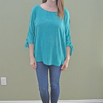 Half Full Slit Shoulder Top: Teal