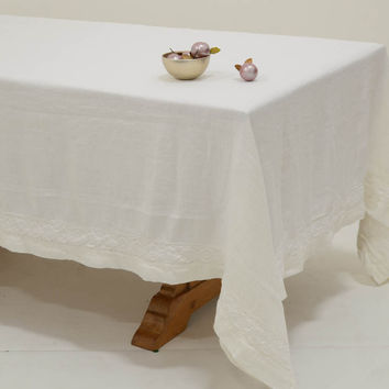 Homespun 72x108 Linen Tablecloth with Crochet Lace Trim in WHITE