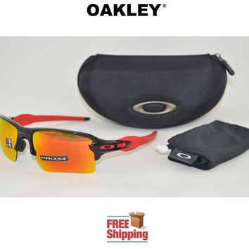 OAKLEY® SUNGLASSES FLAK™ 2.0 XL PRIZM™ POLISHED BLACK FRAME W/ RUBY LENS + CASE
