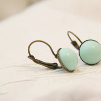 Mint green earrings. Retro cabochon earrings. Everyday earrings