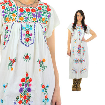 Mexican Embroidered Dress Vintage 1970s Oaxacan Maxi Dress Floral Festival Prairie Puff sleeve Bohemian Large