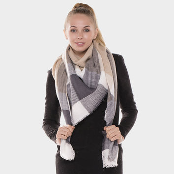 Neutral Plaid Fringed Trim Blanket Scarf - Grey & Beige