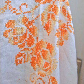 Vintage Tablecloth 1950's  - Hand  Embroidered Roses - Orange Yellow