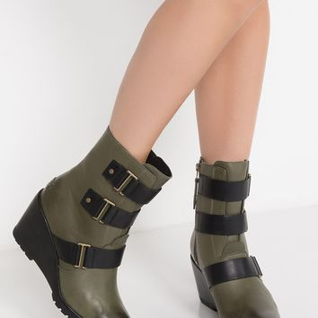 SOREL Waterproof Leather Wedge Zip Up Buckle Bootie in Nori