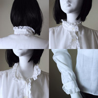 Vintage white blouse, lace trim, hippie, long sleeve, 1960s, 1970s. Great condition