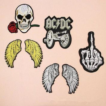 DCCKH6B fashion Badge Wing Skull Band Costume Iron on Patches for clothing Sticker for clothes Jeans applique embroidery T-shirt