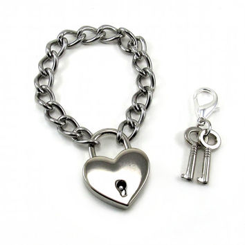 Gothic Lolita Heart Padlock Bracelet - Prisoner of Love - Classic Version - Silver Toned with Working Key - By Ghostlove