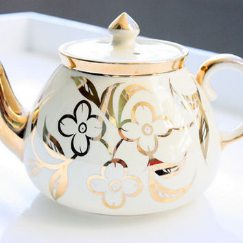 Vintage English Teapot With Gold Floral Design / Gold Lustreware Teapot / Gold Teapot / Tea Party / Wedding Gift