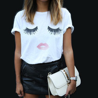 Casual Sweet Eyelash and Lips Print Tees T-shirts Women
