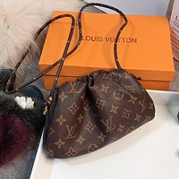 LV Louis Vuitton Hot Sale New Lettering Metal Buckle Women's Shoulder Bag Crossbody Bag
