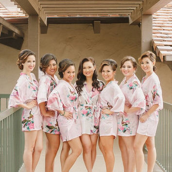 Set of 7 Bridesmaid Robes, Satin Bridesmaid robes, Bridesmaid gifts, Bridesmaid kimono robes