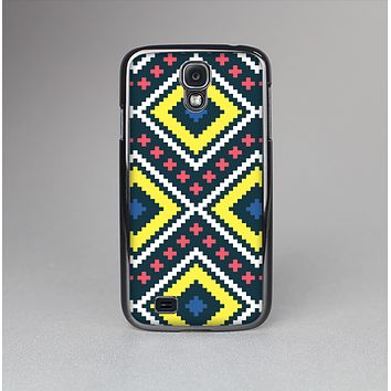 The Gold & Black Vector Plaid Skin-Sert Case for the Samsung Galaxy S4