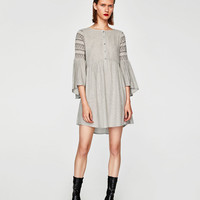 DRESS WITH ELASTIC SLEEVES
