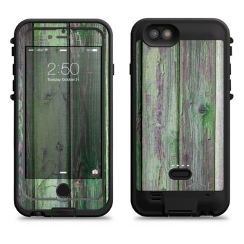The Mossy Green Wooden Planks  iPhone 6/6s Plus LifeProof Fre POWER Case Skin Kit