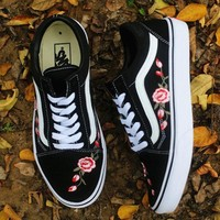 Vans Rose Embroidery Canvas Old Skool Flats Sneakers Sport Shoes