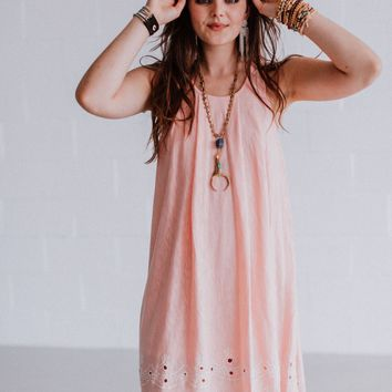 Liv Embroidered Hem Dress - Dusty Pink