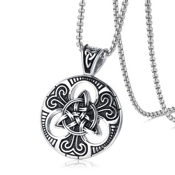 Christian Triquetra Necklace Pendant Men Stainless Steel Round Celtics Knot Trinity Necklace Vintage Hip Hop Jewelry