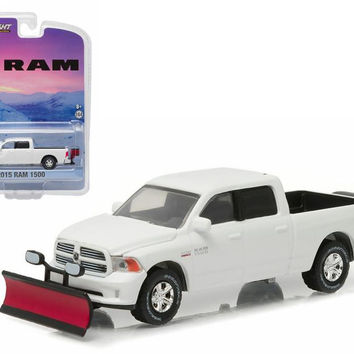 2015 Dodge Ram 1500 Pickup Truck with Snow Plow and Salt Spreader 1-64 Diecast Model Car by Greenlight